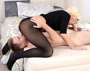 MILF 69 Porn Pictures
